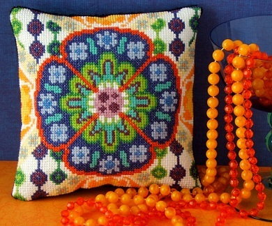 70s_Style_Mini_Cushion_Cross_Stitch_Kit