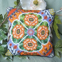 Oriental Poppies Mini Cushion Kit