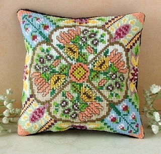 Vintage Flowers Mini Cushion Cross Stitch Kit