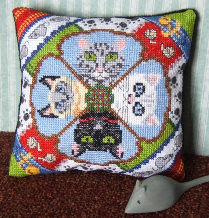 Cool Cats Mini Cushion Cross Stitch Kit