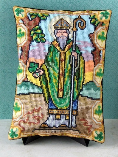 St_Patrick_Mini_Cushion_Kit